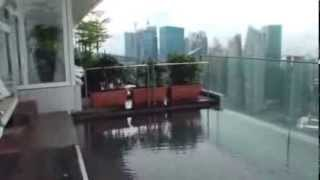 Бассейн на крыше отеля в Сингапуре!(, 2013-12-30T05:13:15.000Z)