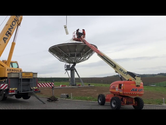 Skybrokers installs an used VertexRSI 9m antenna for SES