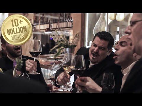Dobra večer prijatelji - Klapa Iskon (OFFICIAL VIDEO)
