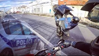 Supermoto vs Tmax (Wheeling) - Police