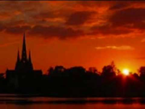 Lichfield Cathedral Choir - Magnificat.wmv