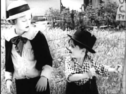 MICKEY'S CIRCUS 1927  Mickey