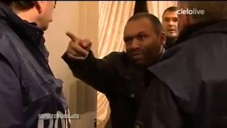 ITALIA ZINGARI SI FINGONO POVERI, MA ENTRIAMO IN CASA E GUARDATE COSA TROVIAMO    VIDEO1