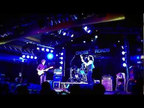 """Marco Mendoza live at """"Crossroads Live Club"""" 23 Dec 2012"""