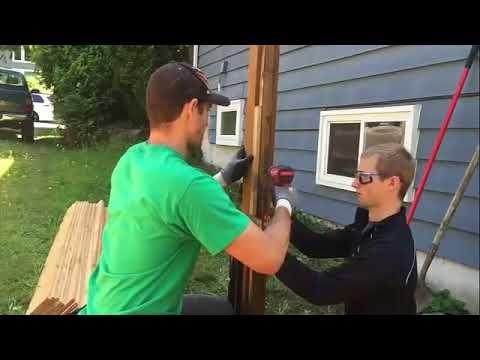 Gartenzaun selber bauen   Sichtschutz Zaun aus Holz aufstellen