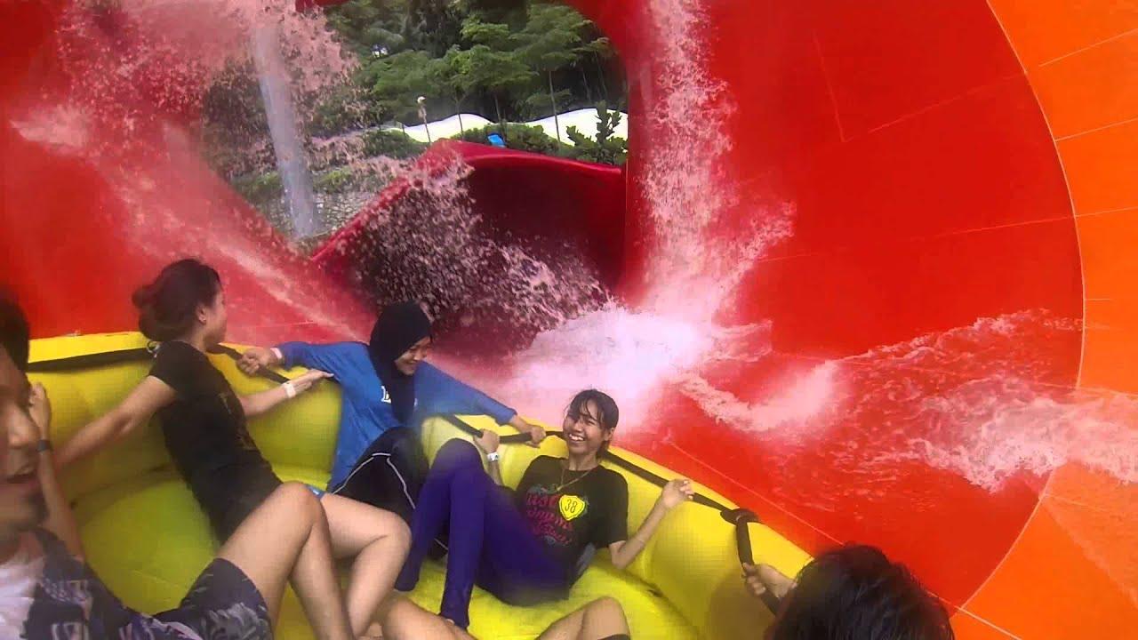 Sunway Lagoon Theme Park Vuvuzela Youtube