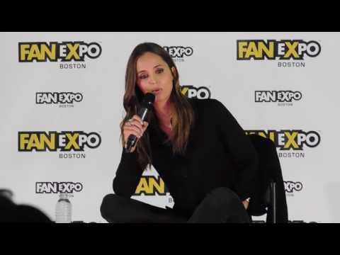 Eliza Dushku @ Boston Comic Con 2017 Faith from Buffy