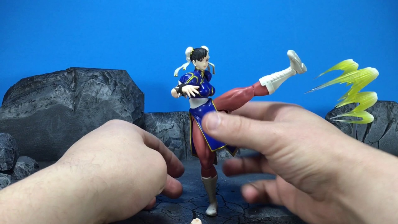 S H  Figuarts Street Fighter V Chun Li Review