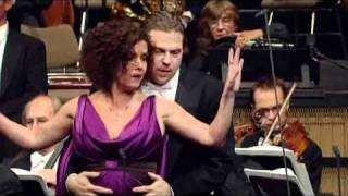 Lehár: Die lustige Witwe - Duett Akt I (Kirchschlager Schade Welser-Möst 2010 Wien)