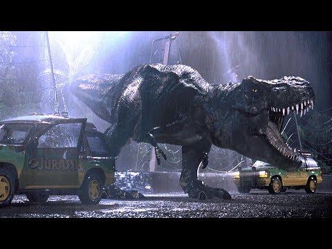 史前恐龙被复活,逃出电网猎杀游客!速看25年前科幻经典《侏罗纪公园》