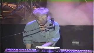 A FLOCK OF SEAGULLS - I RAN (LIVE)