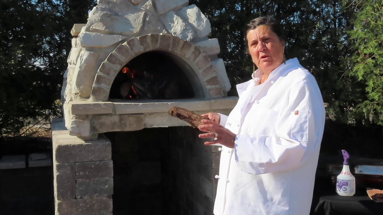 King of Hearths Outdoor Oven Cooking Demo