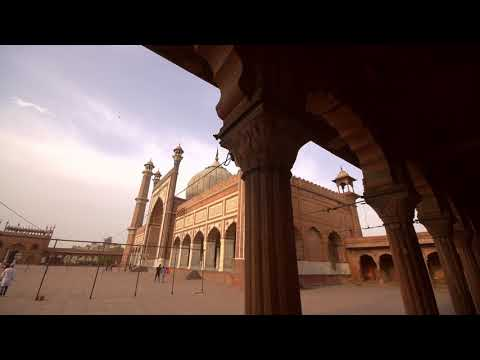 Planning Shot of Jama Masjid through a series of column by the Mohammed Mahir