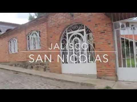 CAMINANDO:  San Nicolás De Acuña, Jalisco, Mexico.