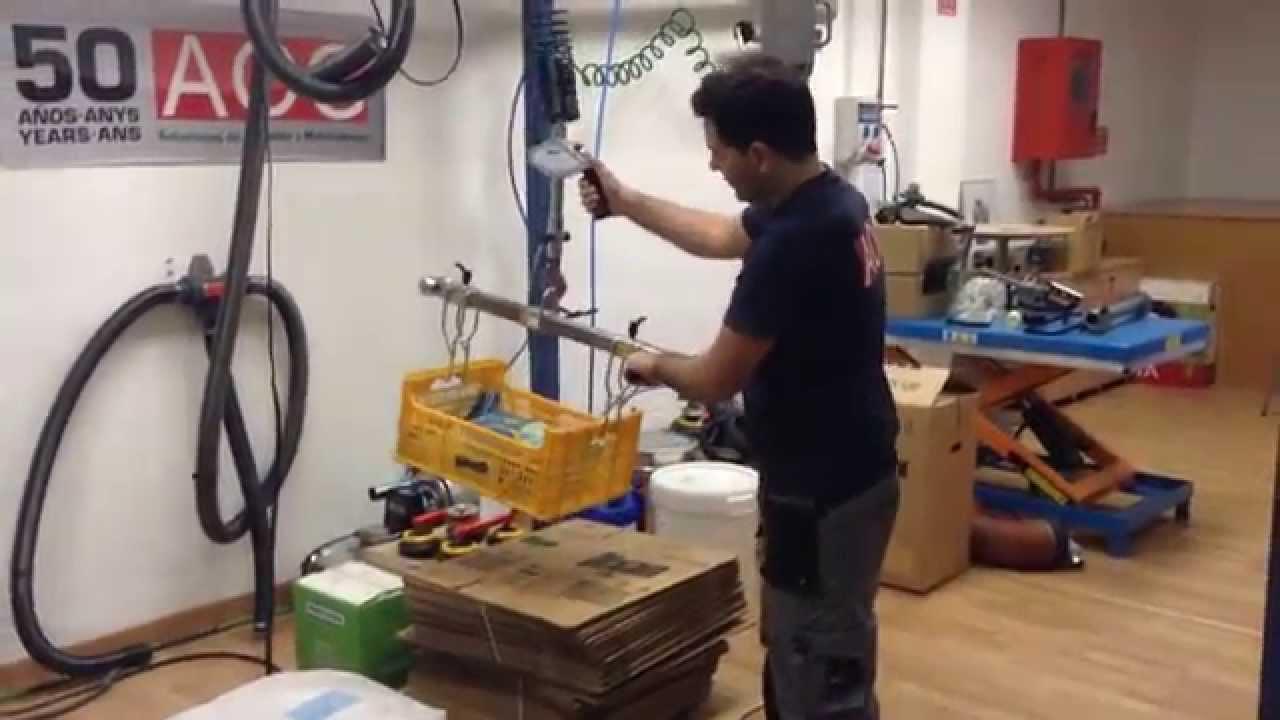 Elevador por cable para manipular cargas