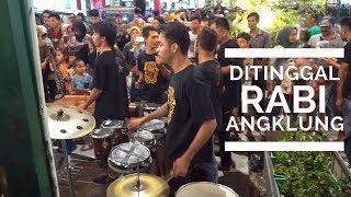 Download lagu DITINGGAL RABI Versi Lihat Lebih Dekat dengan 2 KAMERA Carehal NDX AKA MP3