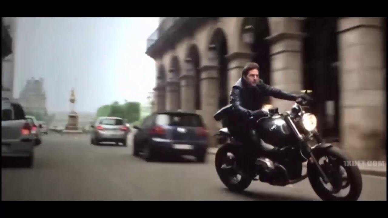 Mission Impossible Fallout Paris Pursuit Scene Tom Cruise Escape