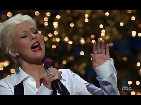 Christina Aguilera - Have Yourself Merry Little Christmas 2011 ...