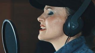 Kollányi Zsuzsi & The Beaters - Így jó (Official Music Video)