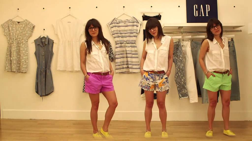 Life IS Shorts - GAP Khaki Short| Grazia UK - YouTube