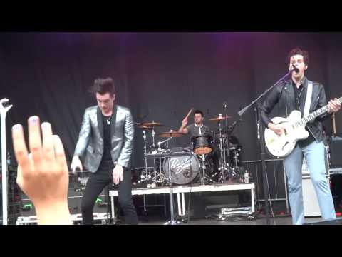 Miss Jackson Live at Copley Square - Panic! At the Disco