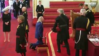Bee Gees star Sir Barry Gibb reveals he struggled to get to his feet after being knighted | ITV News