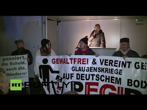 LIVE: camera in the heart of PEGIDA's Dresden demo (16 Feb)