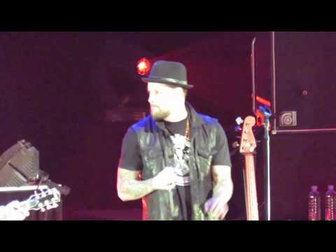 """The Madden Brothers & Danny Ross """"Free Fallin'"""" 1/11/14"""