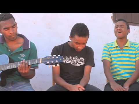 cover gasy medley by nanteh group,( 'Zay, Marion; Mirado )