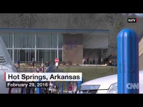 2 Teens Plead Not Guilty to Rape at Hot Springs School