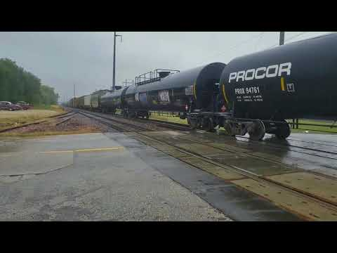 Union Pacific freight train action in Cedar Rapids October 2017