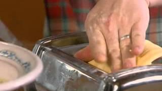 Video Homemade pasta - Jamie Oliver in Jamie At Home s02e06 Eggs download MP3, 3GP, MP4, WEBM, AVI, FLV Januari 2018