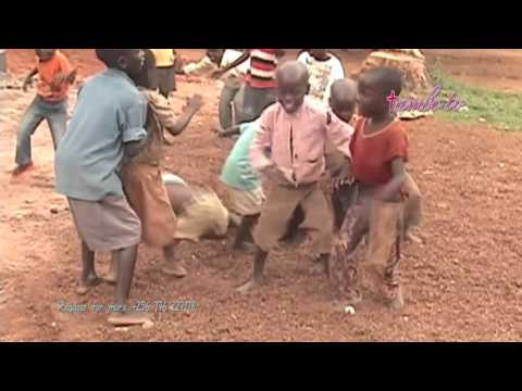Ghetto Kids Dancing Nafunye by B Wonder in African #Uganda ~Tambo TV2016 thumbnail
