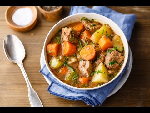 Slow Cooker Beef Stew (Easy & Wholesome)