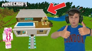 We built our villa with Noobaki at MINECRAFT/ Famous Games- Famous toli