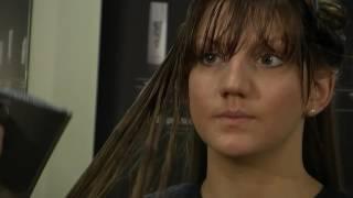 Дистанционен курс Фризьор. Издухване на дълга коса. Long Hair Blowdry