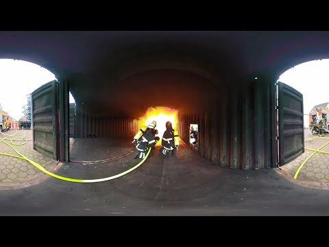 """VR-Film """"Dein Erster Tag"""": Ausbildung als Berufsfeuerwehrmann bei der Feuerwehr Hamburg"""