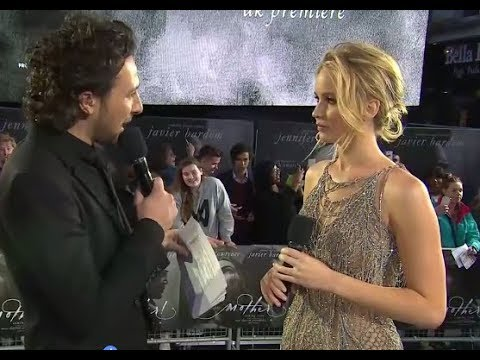 Mother! premiere in London with Jennifer Lawrence, Darren Ar