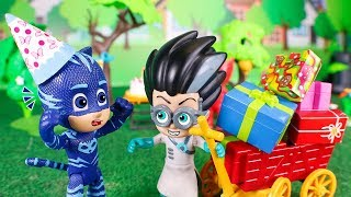 PJ Masks Toys ⚡ Compilation of adventures with the Pj Masks ⚡😄💥