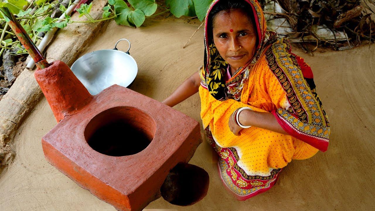 তৈরি করুন বর্ষায় ধোয়া ছাড়া কাঠের মাটির উনুন | Make Clay Oven for Rainy Day | Village Kitchen
