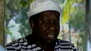 Os Trapalhões - Mussum, faminto, é atendido pelo garçom Carlos Alberto de Nóbrega thumbnail