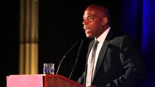 Carl Reiner And Alonzo Bodden. Very Funny Stand-up By Alonzo.