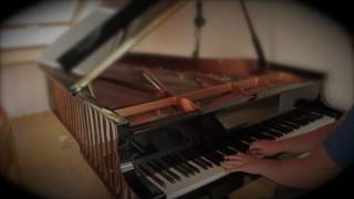 Ella Henderson - Yours (Benedikt Waldheuer Piano Cover ᴴᴰ)