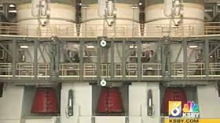 Delta IV heavy rocket makes its debut at Vandenberg Air Force Base