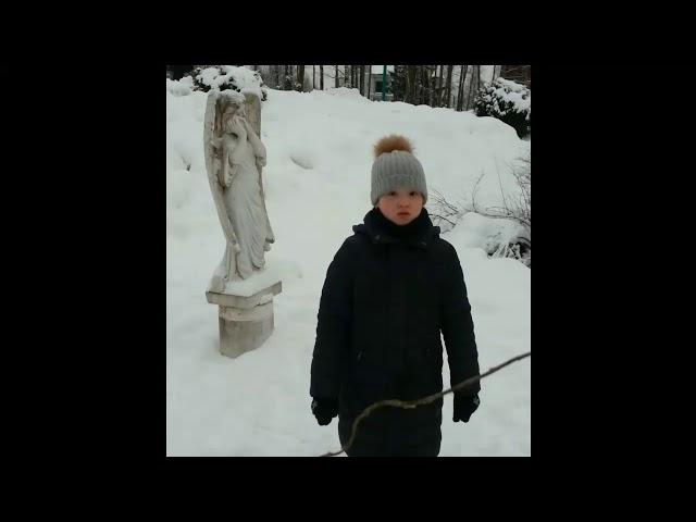 Изображение предпросмотра прочтения – ЕкатеринаПеганова читает произведение «Ангел-Хранитель» А.А.Блока