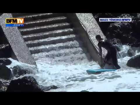 Surfeur piégé par la marée sur la côte Basque de Biarritz