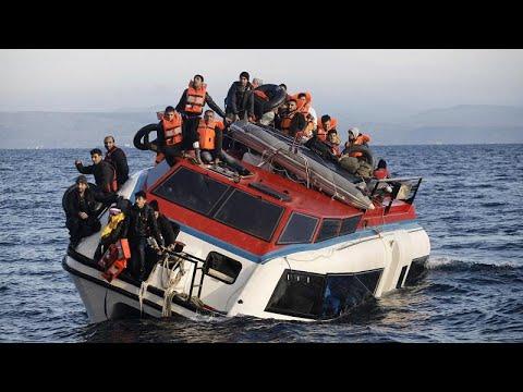 В Ионическом море затонула лодка с мигрантами