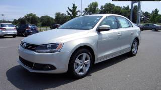 2011 Volkswagen Jetta SEL TDI Start Up, Engine, and In Depth Tour