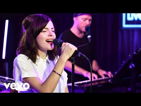 CHVRCHES - Bury It in the  Lounge