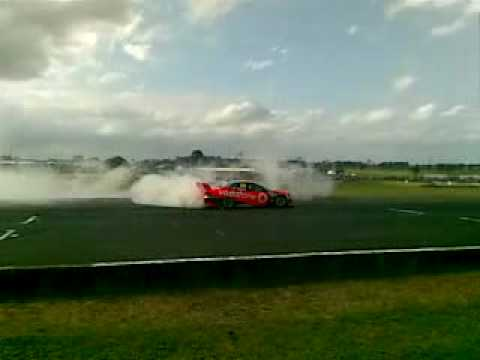 Jamie Whincup Victory Burnout